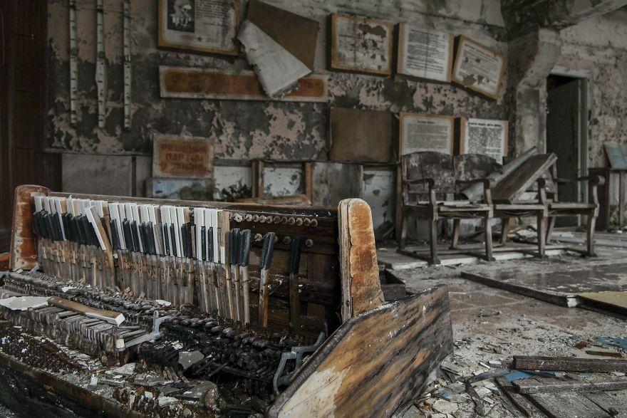 Propaganda 2 5ca8e27b2402d  880 - Faciadan 33 Yıl Sonra Çernobil'den Fotoğraflar