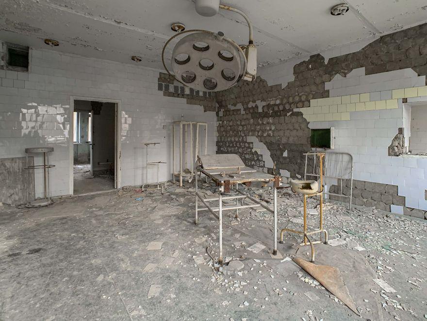 Sala operatoria 1 5ca8e2973c04f  880 - Faciadan 33 Yıl Sonra Çernobil'den Fotoğraflar