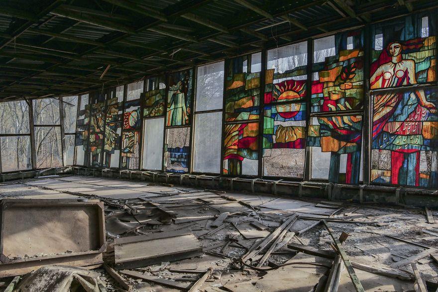 Scuola darte 5ca8e25abb6b2  880 - Faciadan 33 Yıl Sonra Çernobil'den Fotoğraflar